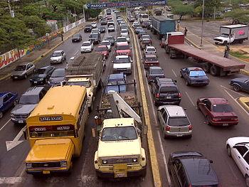 Sem%C3%A1foro de Urbe en Maracaibo Venezuela