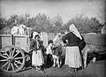 Serbian familySerbianretreat1915.jpg