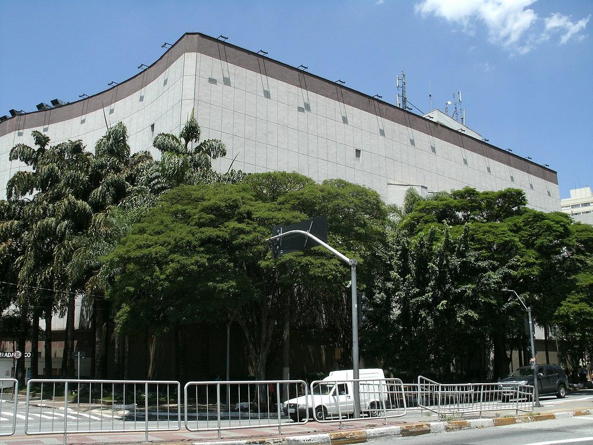 Shopping West Plaza – Wikipédia 2d73e6aa52967