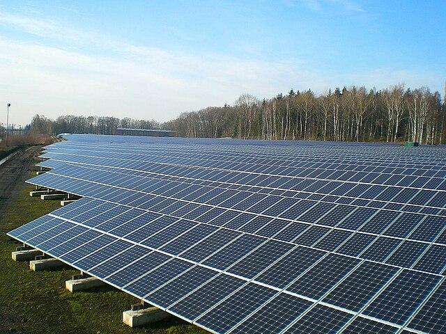 Fotovoltická elektráreň na výrobu elektriny zo slnečného žiarenia