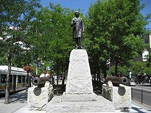 King Street (Hamilton, Ontario) - Sir John A. Macdonald statue, Gore Park