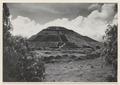 Solpyramiden - SMVK - 0307.a.0013.tif