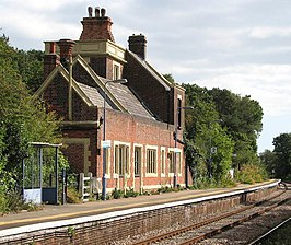 Somerleyton railway station - the station building - geograph.org.uk - 1505968.jpg