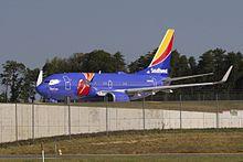 Southwest Airlines 737 N409WN Triple Crown One.jpg