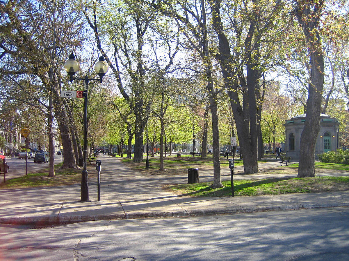 Distance From Montreal To Quebec City >> Saint-Louis Square - Wikipedia