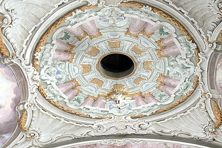 Holy Ghost hole, Saints Peter and Paul Church in Soll St.Peter und Paul in Soll - Heilig-Geist-Loch.jpg