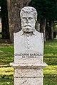 Statue of Jacopo Barozzi da Vignola.jpg