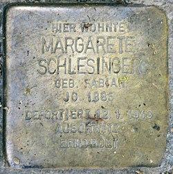 Photo of Margarete Schlesinger brass plaque