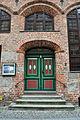 Stralsund, Fährstraße 11, Tür (2012-03-11), by Klugschnacker in Wikipedia.jpg