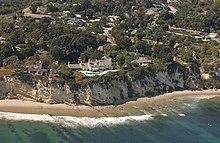 220px-Streisand_Estate.jpg
