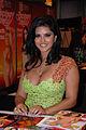 Sunny Leone at Exxxotica 2009 Miami Friday 2 adjusted.jpg