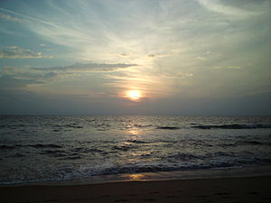 Paravur Lake - A photo of sunset taken from Paravur Thekkumbhagam beach