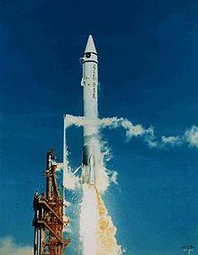 220px-Surveyor_2_launch.jpg (220×283)
