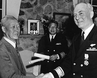 Syngman Rhee - Syngman Rhee awarding a medal to U.S. Navy Rear Admiral Ralph A. Ofstie during the Korean War in 1952.