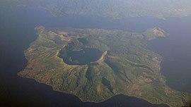 Taal Volcano aerial 2013.jpg