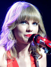 Taylor Swift Red Tour 3, 2013.jpg