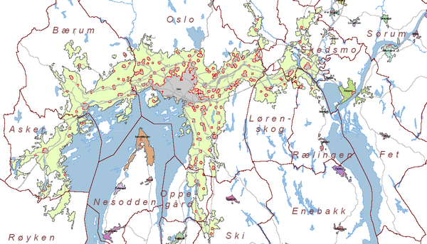 A map of the urban areas of Oslo in 2005. The grey area in the middle indicates Oslo's city centre. Tettstedet Oslo 2005.png