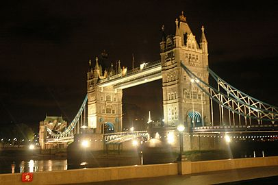 The Tower Bridge, London in the night 2.jpg