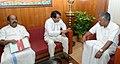 The Union Minister for Railways, Shri Suresh Prabhakar Prabhu meeting the Chief Minister of Kerala, Shri Pinarayi Vijayan, in Thiruvananthapuram.jpg