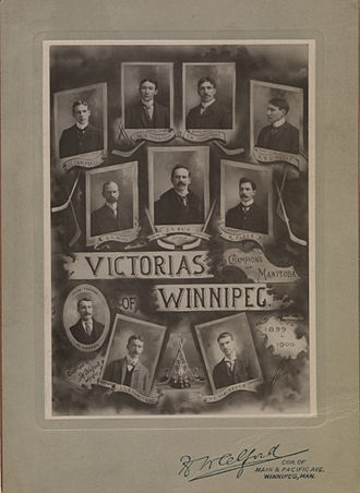 Winnipeg Victorias - Team portrait in 1900