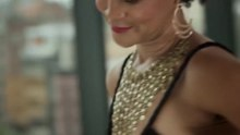 Fil: The Way We Dress - The Transformative Power of Clothes.webm