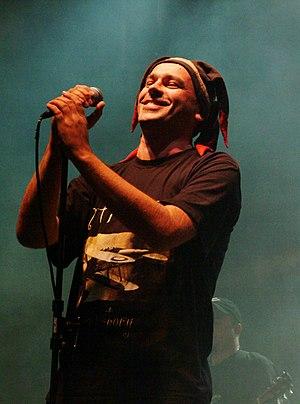 Tomasz Budzyński podczas koncertu