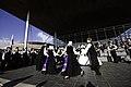 Traditional Welsh dance and dress, Senedd, St David's Day Gwisgoedd a dawnsio traddodiadol Gymreig, Senedd, Dydd Gŵyl Dewi 2009.jpg
