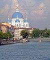 Trinity kathedral in Saint Petersburg.jpg