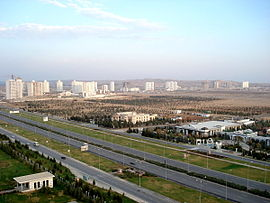 Ultra-modern highways in Ashgabat.jpg