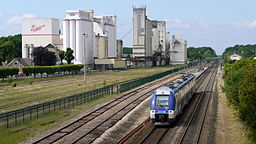 Verneuil l'Etang station Hybrid-powered multiple units of SNCF Class B 82500 and flour mills P1090045.JPG