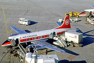 Air Canada - Air Canada Vickers Viscount turboprop being prepared for departure from Toronto in 1971