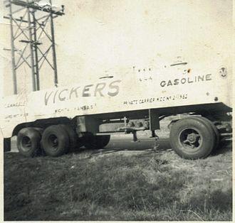 Vickers Petroleum - Image: Vickers gasoline truck 1954, Wichita, KS
