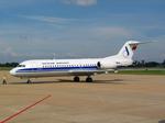 Vietnam Airlines Fokker 70 VN-A504 PNH 2004-9-30.png
