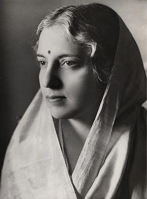 Vijaya Lakshmi Pandit - Vijaya Lakshmi Pandit in 1938