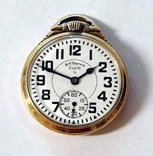 3049bbc2b64 Un chronomètre de chemin de fer Elgin.