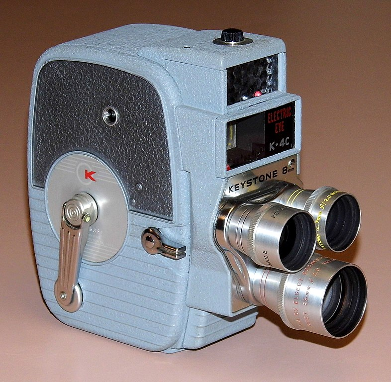 File:Vintage Keystone 8mm Home Movie Camera, Model K-4C, Three Lens