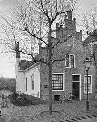 Voorgevel, trapgevel met horizontale pinakels en spaarnissen - Noordwijk - 20336007 - RCE.jpg