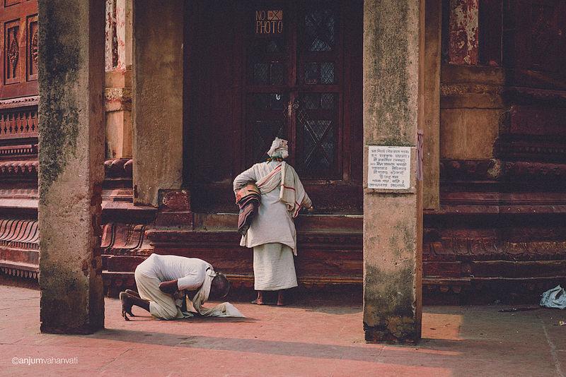 File:Vrindavan - India (12955794664).jpg