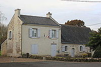 W2319-Verrie Mairie 95545.JPG