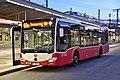 WL 8152, Südtiroler Platz-Hauptbahnhof, 2019 (02).jpg