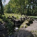 Waterval in park met rotspartijen - Arnhem - 20375426 - RCE.jpg
