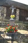 Wayside cross in Osové, Žďár nad Sázavou District.JPG
