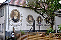 Wiesbaden-Biebrich - Wandmalerei bei Dilthey-Haus.jpg