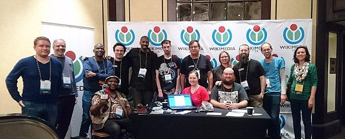 WikimediaZA Wikimania group photograph .jpg