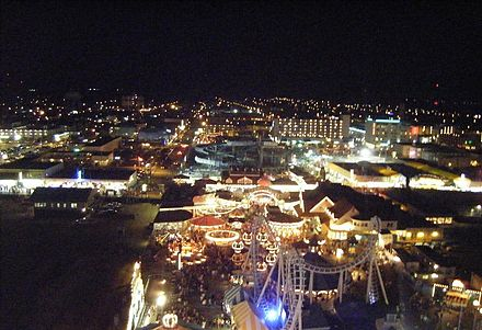 View of Wildwood, Cape May County from the Mariner's Landing Ferris wheel at night Wildwood night view from Mariner's Landing ferris wheel.JPG