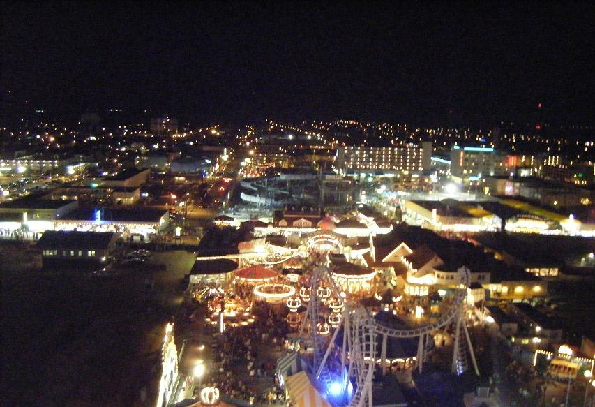 Wildwood night view from Mariner%27s Landing ferris wheel