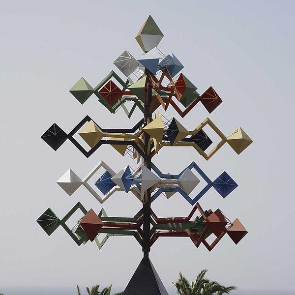 File:Wind sculpture Manrique.jpg