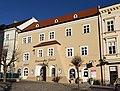 Wohn- und Geschäftshaus 10361 in A-2070 Retz.jpg