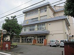 Yokota-elem-school takaoka-city 2018.jpg