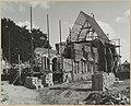 Zicht op hervormde kerk vanuit het zuidwesten tijdens wederopbouw - Angerlo - 20319387 - RCE.jpg